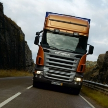 Infrunta provocarile pietei cu performanta accesibila – camioane dezmembrate